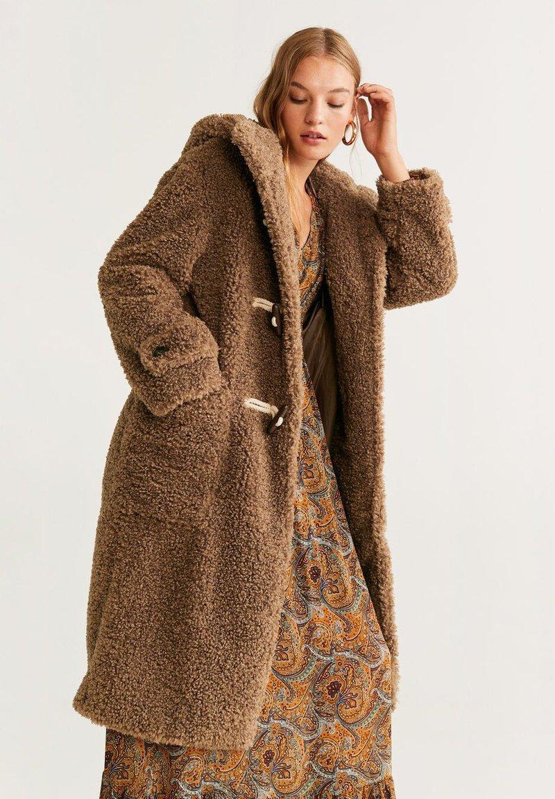 Mango - RENNE - Płaszcz zimowy - camel