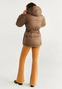 Mango - JOURNAL - Down jacket - brown - 2
