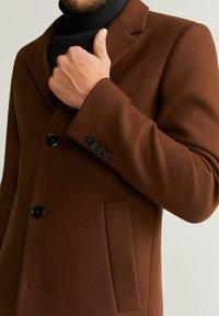 Mango - CHELSEA - Classic coat - brownish orange - 4