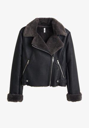 JACKE MIT KUNSTFELLREVERS - Faux leather jacket - schwarz