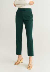 Mango - OFFICE - Spodnie materiałowe - dark green - 0