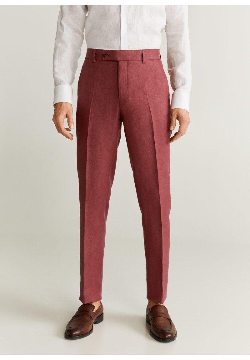 Mango - FLORIDA-I - Pantalon de costume - kersenrood