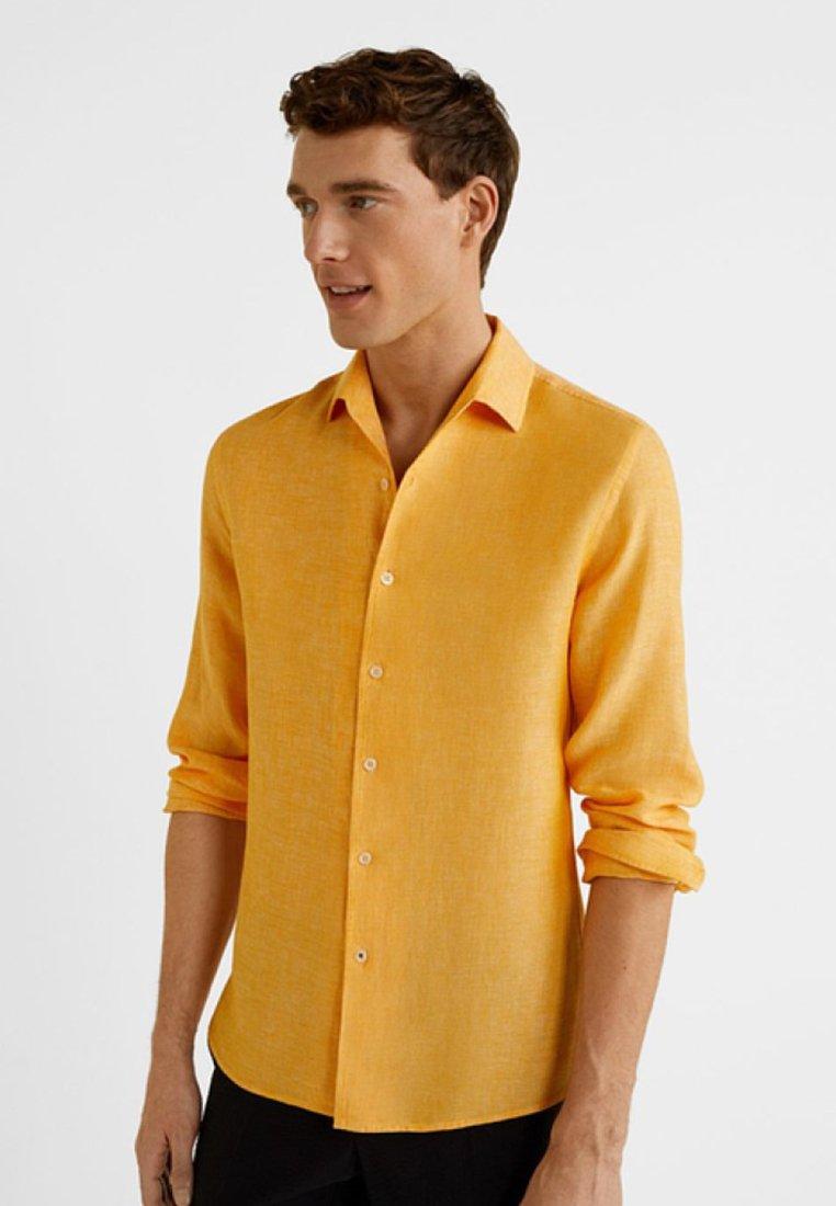 Mango - PARROT - Camisa - pastel yellow