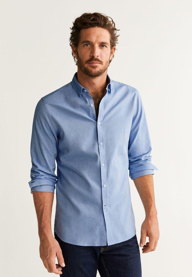 Mango - TWILL - Hemd - light blue