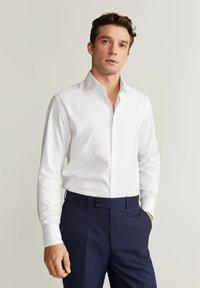 Mango - ALFRED - Camicia elegante - white - 0