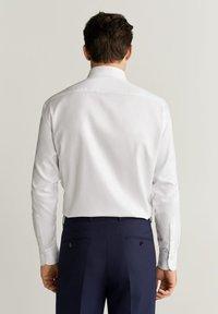 Mango - ALFRED - Camicia elegante - white - 2