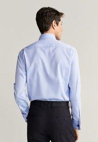 Mango - MASNOU - Camicia elegante - himmelblau - 2