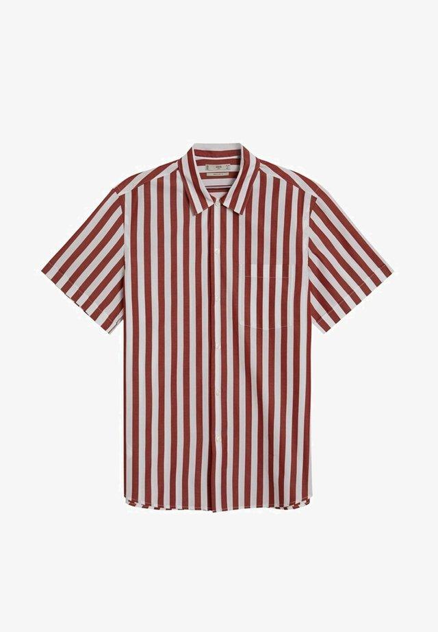 TRACA - Hemd - rouge