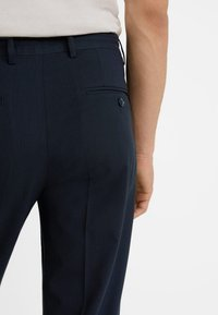 Mango - NOLAN5 - Pantalon classique - dark navy blue - 4