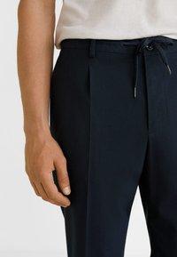Mango - NOLAN5 - Pantalon classique - dark navy blue - 3