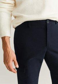 Mango - CARGO - Pantaloni - Dark navy blue - 4