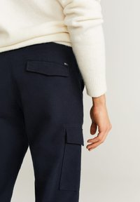 Mango - CARGO - Pantaloni - Dark navy blue - 3