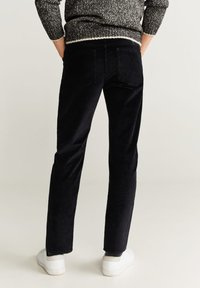 Mango - BERTO - Pantalon classique - black - 2