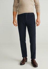 Mango - GERARDO - Pantalon classique - dark navy blue - 0