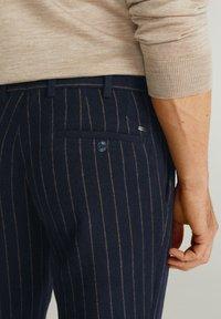 Mango - GERARDO - Pantalon classique - dark navy blue - 3