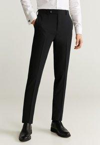 Mango - BRASILIA - Pantaloni eleganti - black - 0