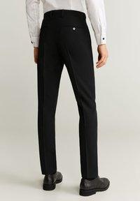 Mango - BRASILIA - Pantaloni eleganti - black - 2