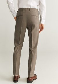 Mango - BRASILIA - Pantalon classique - beige - 1
