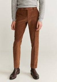 Mango - SLIM FIT-CORDHOSE - Pantalon classique - mittelbraun - 0
