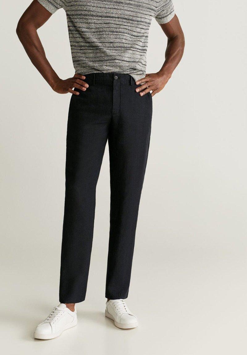 Mango - OYSTER - Trousers - schwarz
