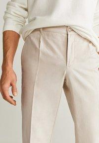 Mango - VIBES - Pantalon classique - ecru - 4