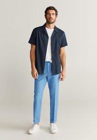 Mango - VIBES - Pantalon classique - indigoblau - 1