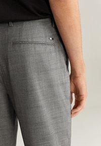 Mango - NOLAN7 - Pantaloni - mittelgrau meliert - 4