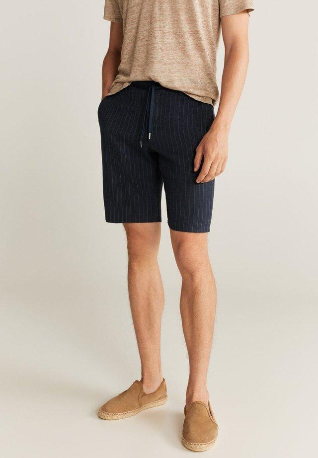 ARNOLD7 - Shorts - marineblau