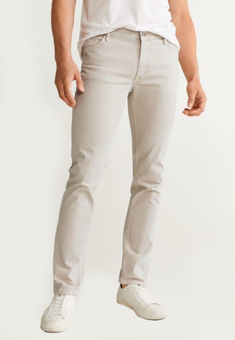 Mango - ALEX - Jeans slim fit - beige