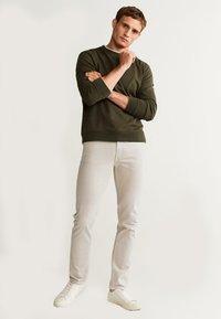 Mango - ALEX - Jeans slim fit - beige - 1