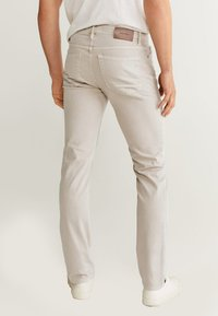 Mango - ALEX - Jeans slim fit - beige - 2