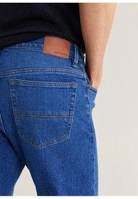 Mango - JAN - Slim fit jeans - bleu foncé - 4
