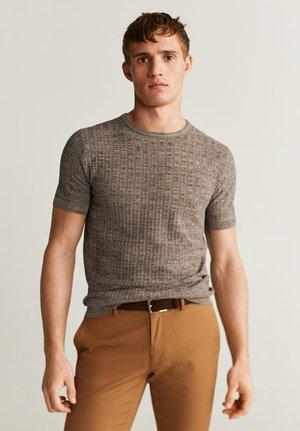 CAMILO - Print T-shirt - braun