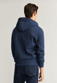 Mango - BADY - Zip-up hoodie - indigoblau - 2