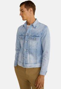 Mango - RYAN - Giacca di jeans - light blue - 0