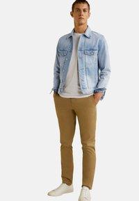 Mango - RYAN - Giacca di jeans - light blue - 1