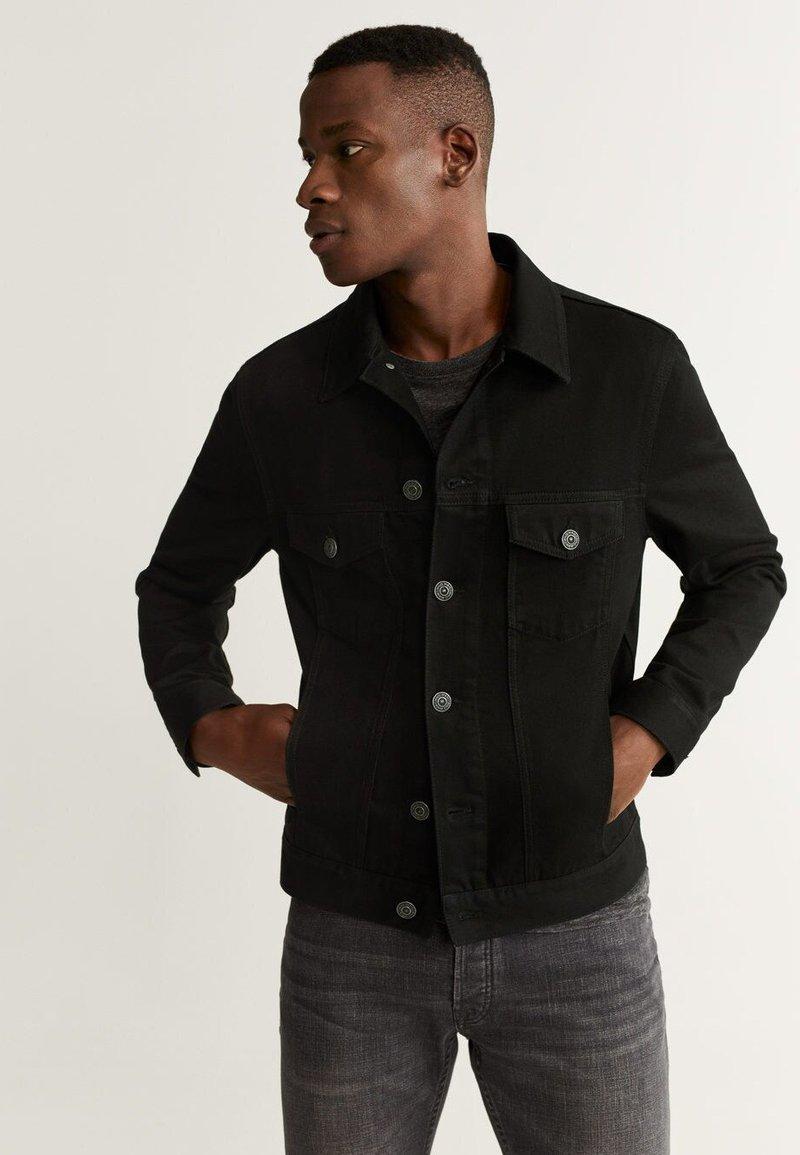 Mango - RYAN5 - Kurtka jeansowa - black denim