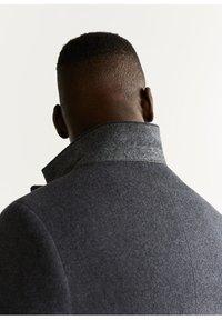 Mango - TAILORED-MANTEL AUS WOLL-MIX - Krótki płaszcz - grau - 5