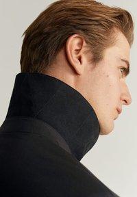 Mango - KINTOSH - Short coat - schwarz - 4
