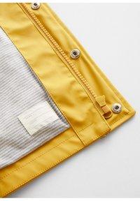 Mango - RAIN - Regenjas - geel - 3