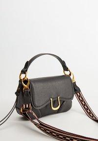 Mango - EQUESTRE - Handtasche - black - 1