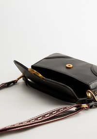 Mango - EQUESTRE - Handtasche - black - 3
