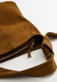 Mango - ARLANZA - Shopping Bag - medium brown - 3