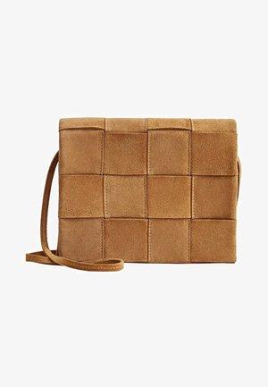 ABIGAIL - Across body bag - brown