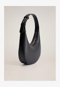 Mango - LUAR - Handbag - schwarz - 1