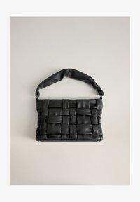 Mango - NOYA - Handbag - schwarz - 1
