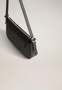 Mango - CAPRICHO - Handbag - black - 2