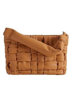 NOYA - Handbag - medium brown
