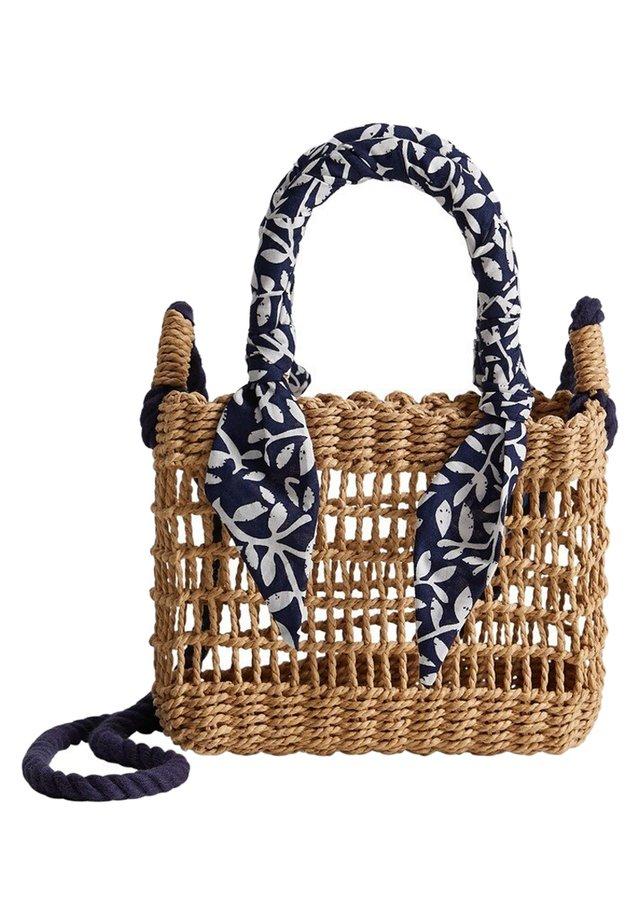 CHIE - Håndtasker - bruin