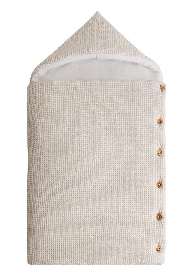 HUG - Nachtwäsche Schlafsack - sandfarben